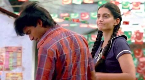 Raanjhanaa Movie Review by Rajeev Masand