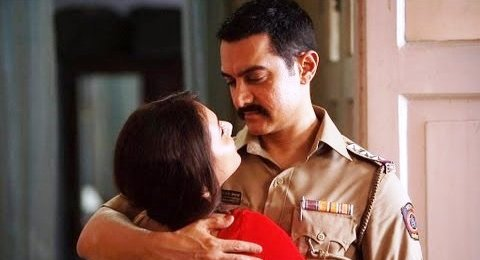 Talaash Movie Review by Rajeev Masand